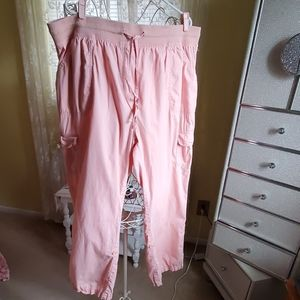 Pink long/capri cargo pants